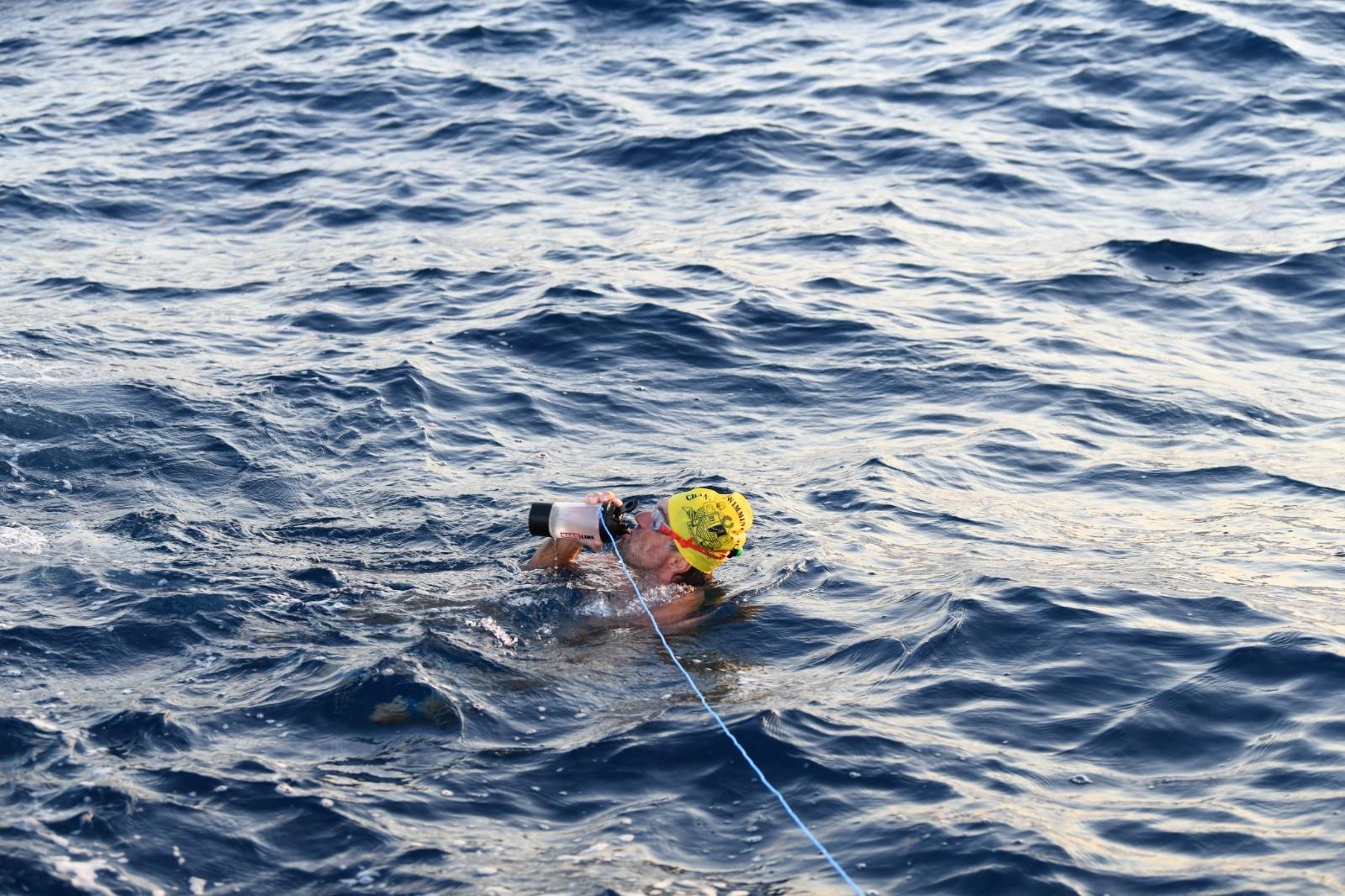 Milli yüzücü Kıbrıs için ilk kulacı attı