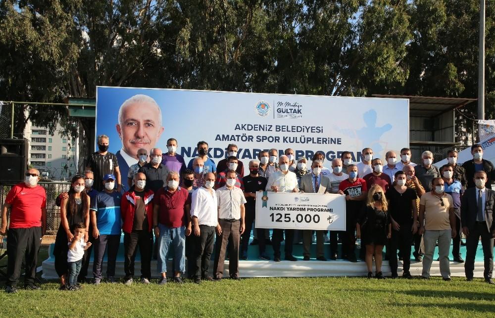 Akdeniz Belediyesinden amatör spor kulüplerine büyük destek