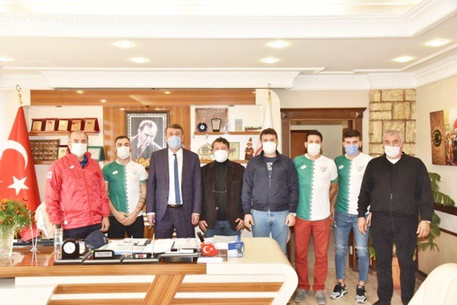 Anamur Belediyespor'a 3 transfer