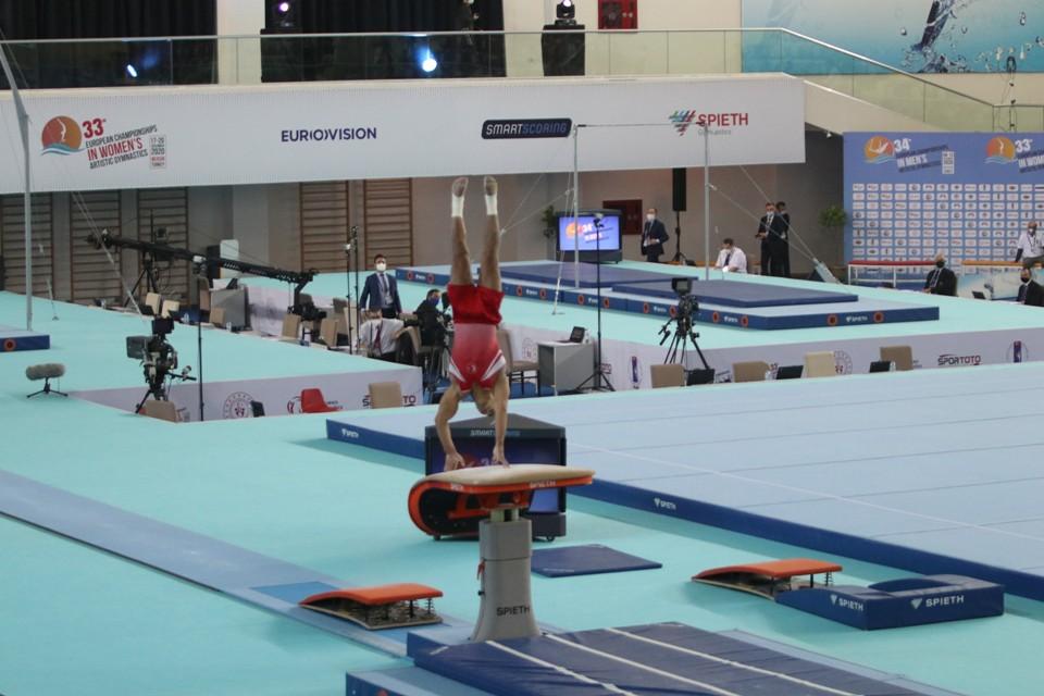 Cimnastik Şampiyonası sürüyor