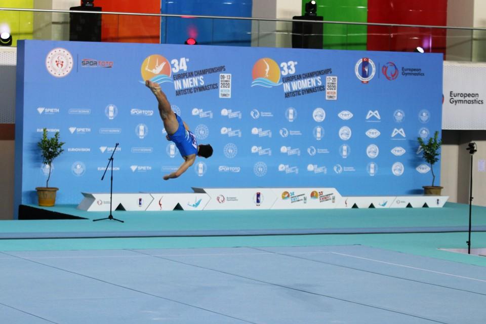 Artistik Cimnastik Şampiyonası başladı