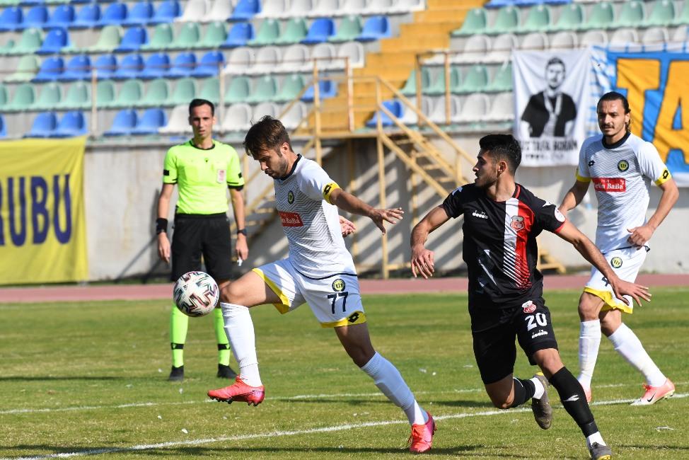 Tarsus, 'Suat'la güldü: 2-0