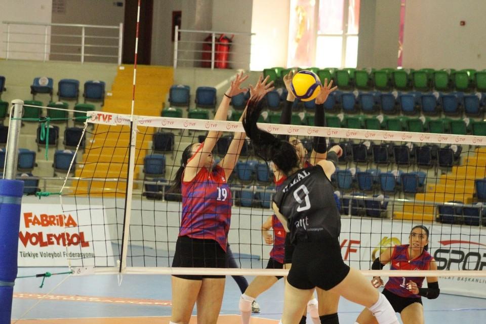 Mersin Büyükşehir Belediyesi 2. sıraya yükseldi