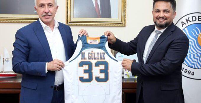 Başkanların basket düellosu
