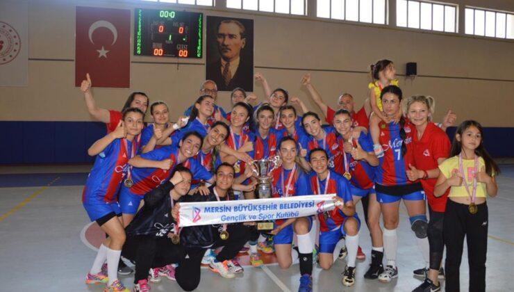 GSK Kadın Hentbol Takımı 1. Lig'e yükseldi