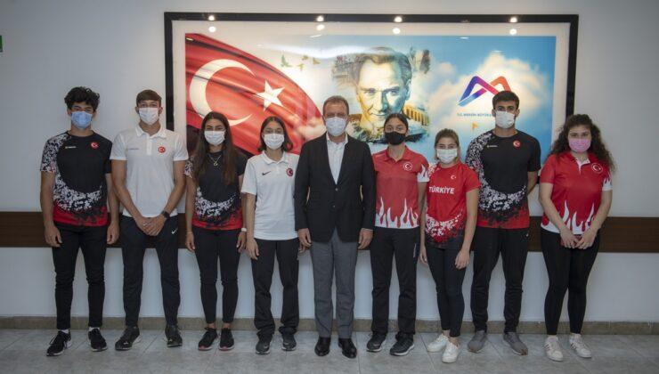Milli Sporculardan Başkan Seçer'e 19 Mayıs ziyareti