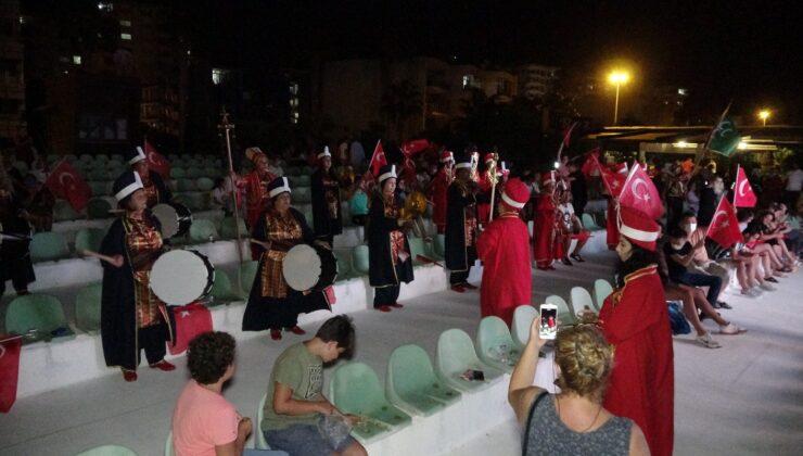 Kadın mehteranlardan Filenin Sultanları'na marşlı destek