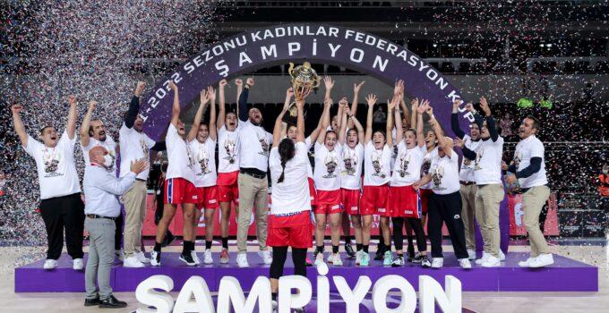 Şampiyon Mersin!
